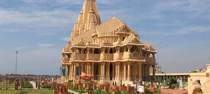5 Nights Dwarka Somnath Tour Package with Gir National Park