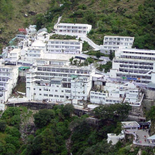 4 Days Vaishno Devi Tour Package with Jammu & Shivkhori